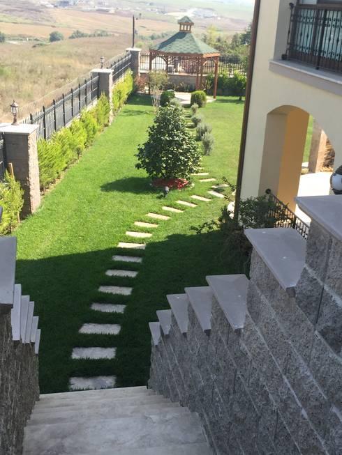 AYTÜL TEMİZ LANDSCAPE DESIGN – TOSKANA VADİSİ- VİLLA PEYZAJ PROJE&UYGULAMA // TOSKANA VADISI - VILLA LANDSCAPE PROJECT&APPLICATION:  tarz Bahçe