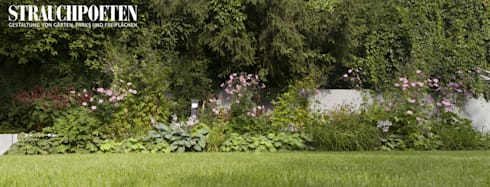 Staudenbeet im August: moderner Garten von Strauchpoeten