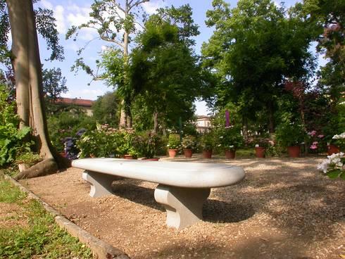Panchine di pietra macigno di greve per il giardino dei semplici