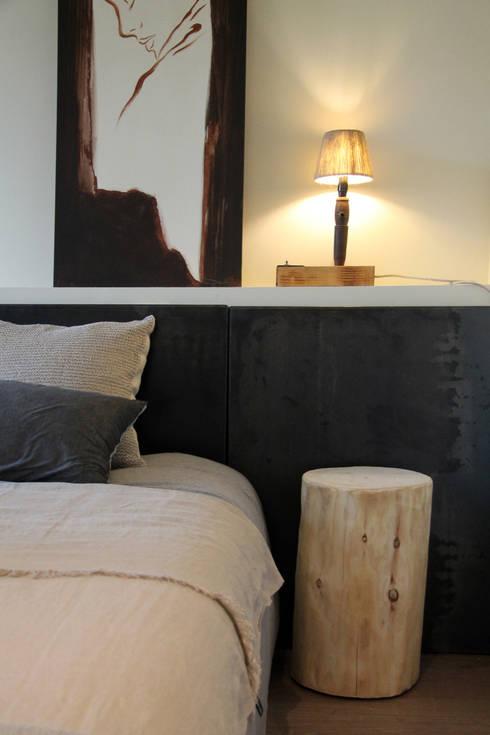 Projekty,  Sypialnia zaprojektowane przez Tocat pel Vent