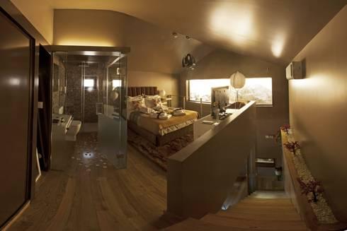 Kiko House: Quartos modernos por RH Casas de Campo Design