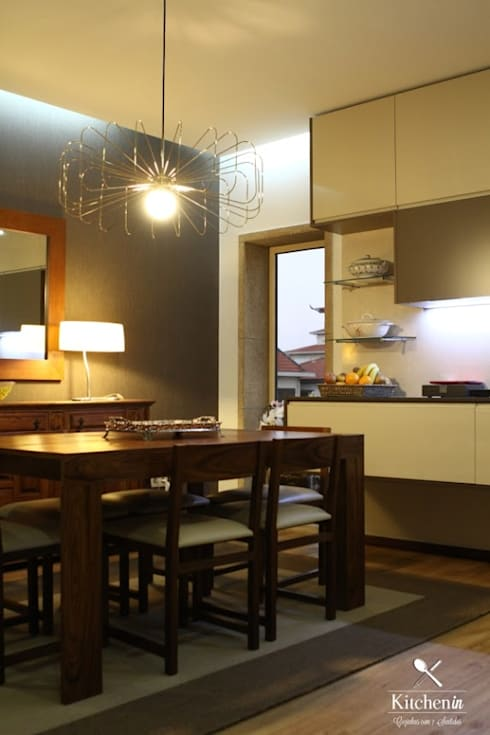 Cozinha FT: Cozinha  por Kitchen In