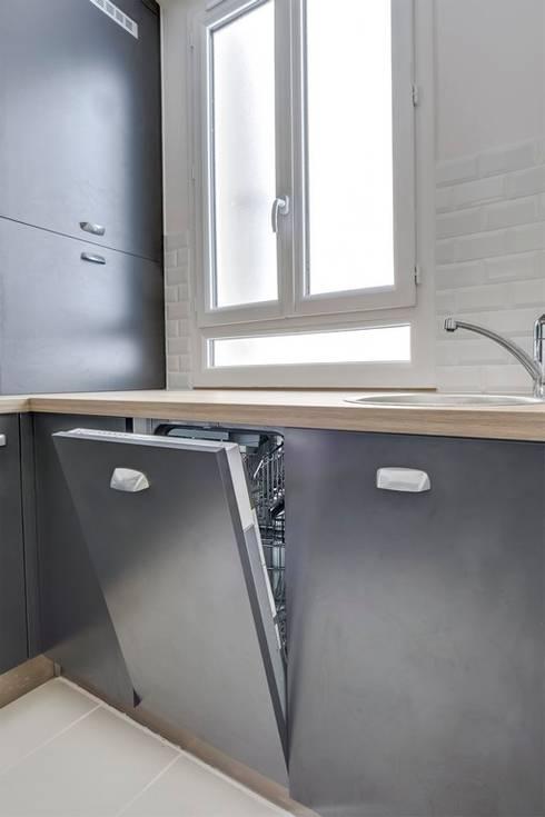 une petite cuisine sur mesure por cuisishop homify. Black Bedroom Furniture Sets. Home Design Ideas