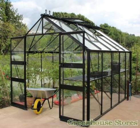 Eden Greenhouses:  Garden  by Greenhouse Stores