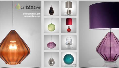 Crisbase lamps: Casa  por LUZZA by AIPI - Portuguese Lighting Association