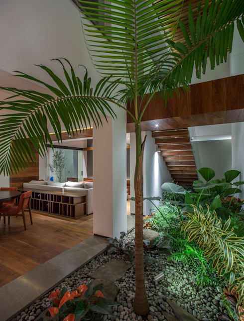 Projekty,  Jadalnia zaprojektowane przez Almazan y Arquitectos Asociados