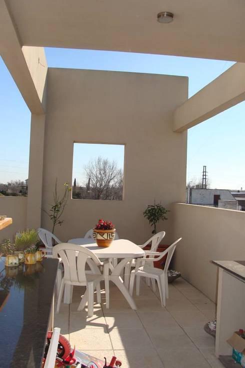 Casa A: Terrazas de estilo  por Prece Arquitectura