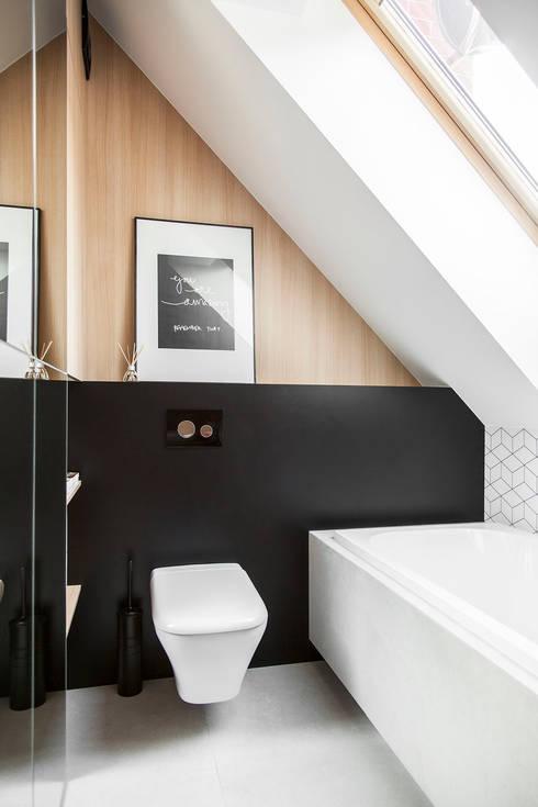 Dom na Gajewskich: styl , w kategorii Łazienka zaprojektowany przez ŻANETA STRAŻYNSKA architektura wnętrz