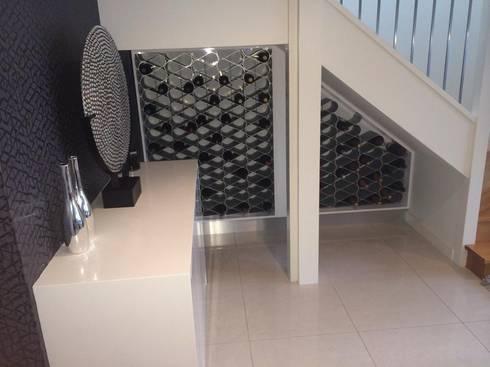 Casa RK: Pasillos y vestíbulos de estilo  por AG Arquitectura