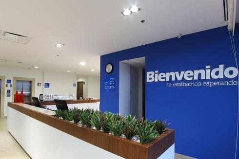 Downtown La Paz: Estudios y oficinas de estilo moderno por ARCO Arquitectura Contemporánea