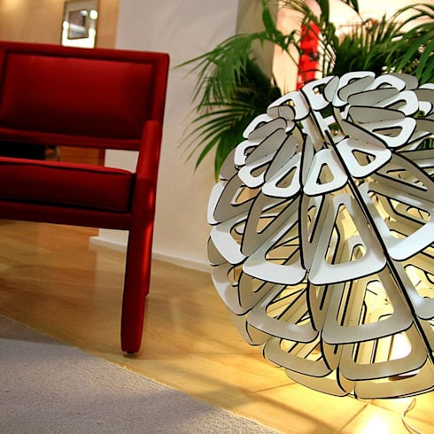 Mood lamps: Casa  por LUZZA by AIPI - Portuguese Lighting Association