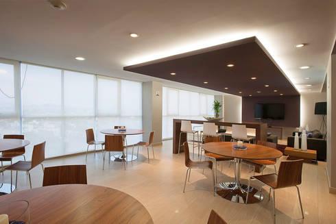 Skyview del Valle: Comedores de estilo moderno por ARCO Arquitectura Contemporánea