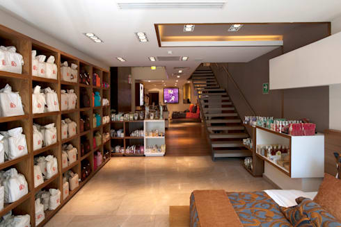 ILO Polanco : Oficinas y tiendas de estilo  por ARCO Arquitectura Contemporánea