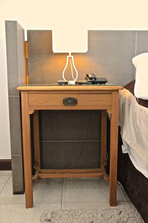 DORMITORIO PRINCIPAL 5: Dormitorios de estilo  por HOME UP