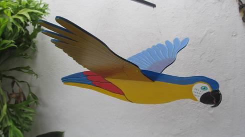 Guacamaya azul, amarillo y rojo: Arte de estilo  por Artesania Ikare