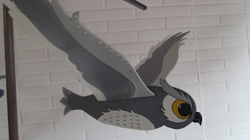 Buho gris: Arte de estilo  por Artesania Ikare