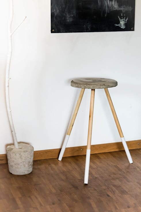 design hocker stuhl beton wei schlicht edel style elegant holz kupfer rosamond sitz ablage. Black Bedroom Furniture Sets. Home Design Ideas