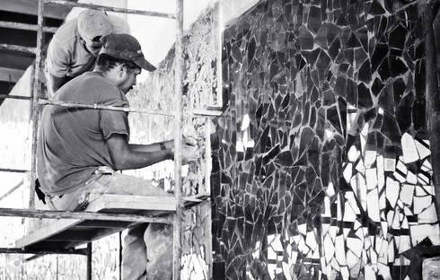 Mural Horizontes en Barcelona: Espacios comerciales de estilo  por Ludovico Estudio C.A.