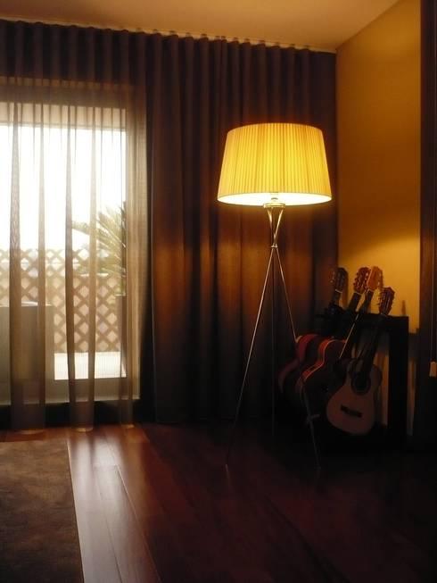 Apartamento Porto: Salas de estar modernas por Kohde