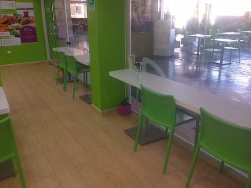 Kepen Las Trinitarias: Oficinas y Tiendas de estilo  por DEKOR BARQUISIMETO