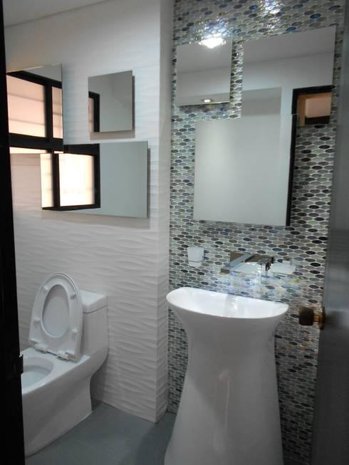 REMODELACION APTO 101 CR TORRES DEL PRADO : Baños de estilo  por ARQUITECTONI-K Diseño + Construcción SAS