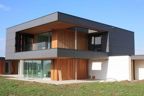 Casa passiva da 600 mq certificata phi di protek srl homify for Moderne case a telaio