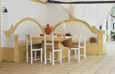 Exterior: Casas rústicas por Stoc Casa Interiores