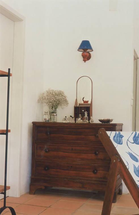 Chambre de style  par Stoc Casa Interiores