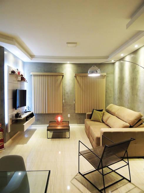 غرفة المعيشة تنفيذ Alkaa Arquitetos Associados