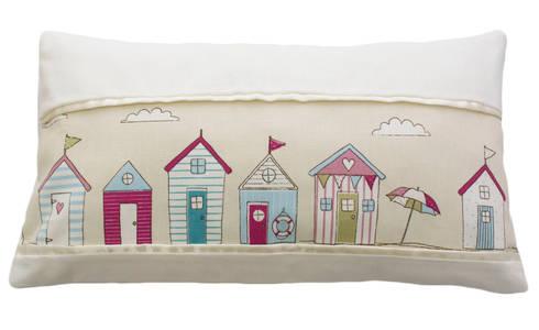 Little House Pillow: Quarto de crianças  por Magic Nest