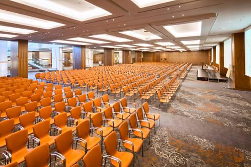 Conferências: Escritórios e Espaços de trabalho  por NL Decoração