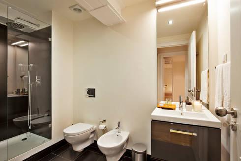 Edifício Gaivotas: Casa de banho  por Pureza Magalhães, Arquitectura e Design de Interiores