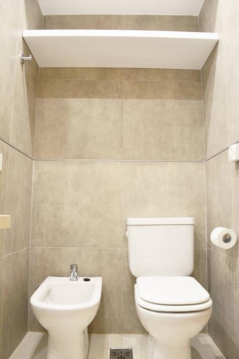 Banheiros minimalistas por Estudio Nicolas Pierry