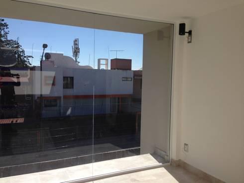 Remodelacion y dise o de interiores de casa habitacion for Remodelacion de casas interiores