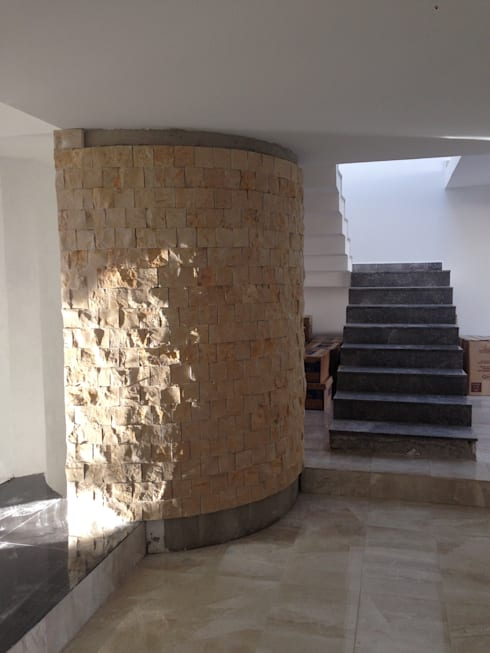 Corridor & hallway by Alejandra Zavala P.