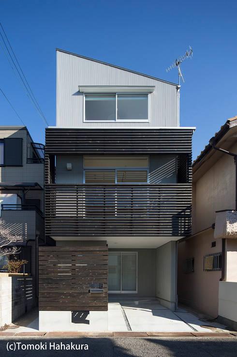 I Live Architects/田辺弘幸建築設計事務所의  주택