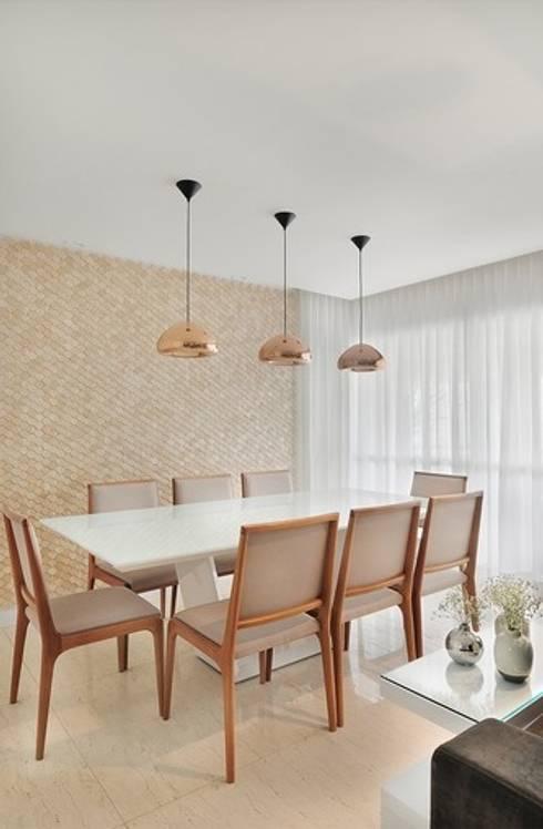 Sala de Jantar: Salas de jantar modernas por Madi Arquitetura e Design