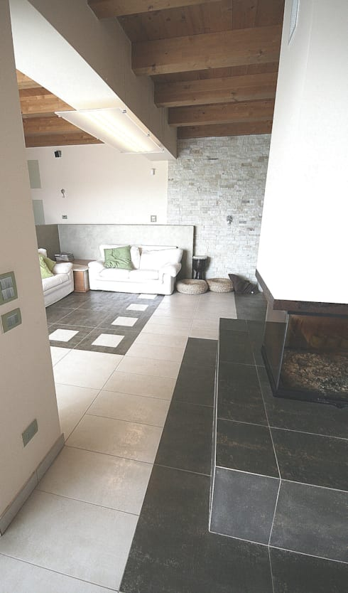 Salas de estar modernas por Roberta Bonavia Architetto