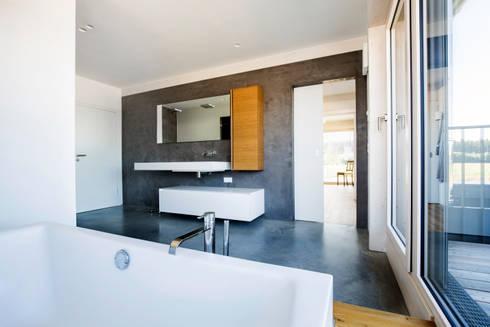 fugenlose b der mit terralime von die fliese art design fliesenhandels gmbh homify. Black Bedroom Furniture Sets. Home Design Ideas