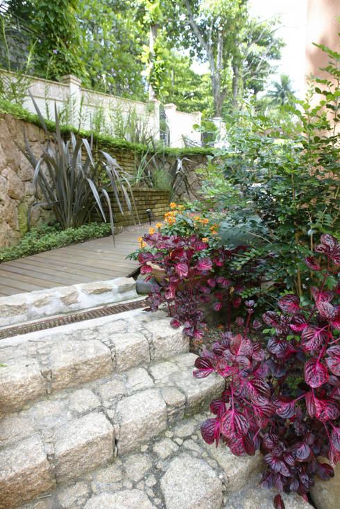 landelijke Tuin door Emmilia Cardoso Designers Associados