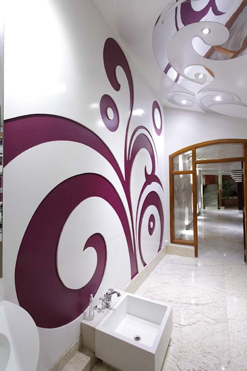 Residential Interior for Mrs. Banalari: eclectic Spa by Purple Architecture