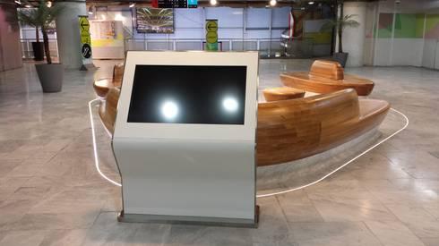 GRF_Forum Des Halles: Paisagismo de interior  por GRF Metal Design