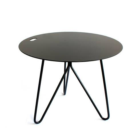 'Seis' side/center table: Sala de jantar  por GALULA