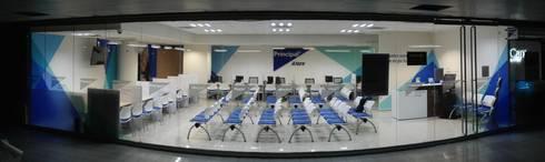 PRINCIPAL AFORE: Estudios y oficinas de estilo moderno por Liferoom