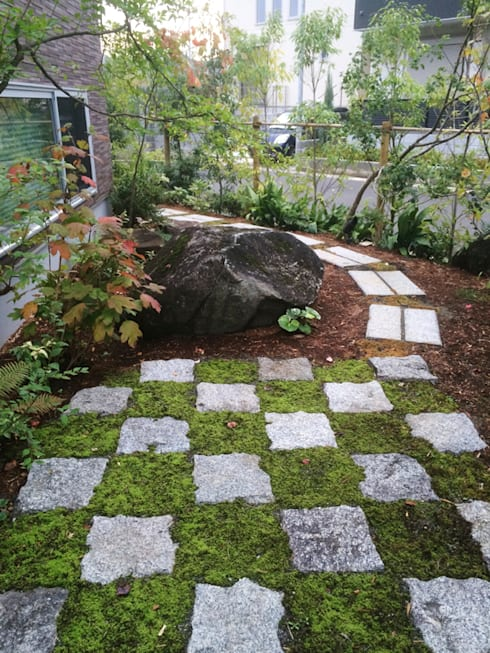 Jardines de estilo  de (有)ハートランド