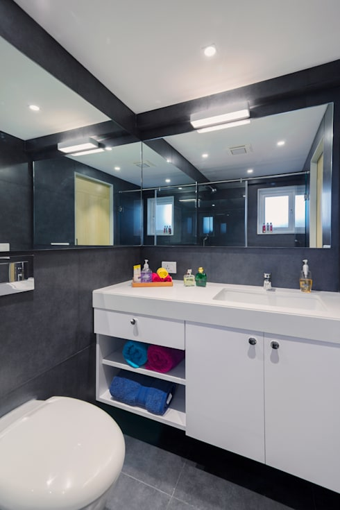 Residential - Lower Parel:  Bathroom by Nitido Interior design