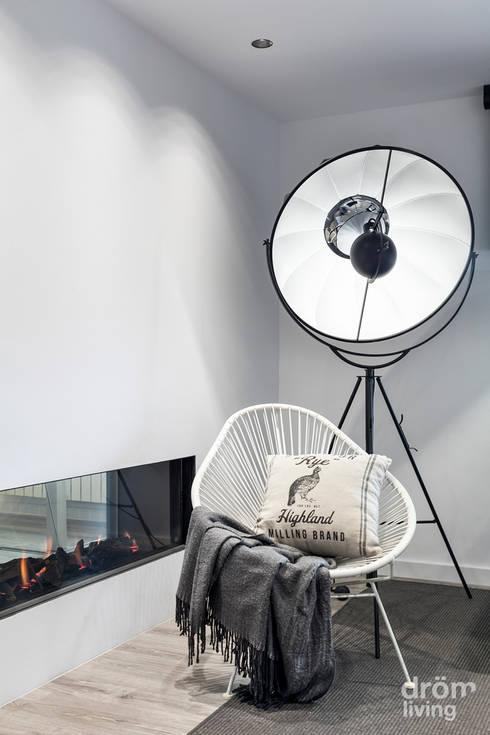Sala de estar  por Dröm Living