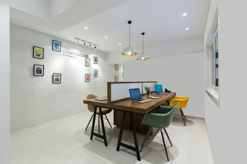 Commercial—Khar: minimalistic Study/office by Nitido Interior design