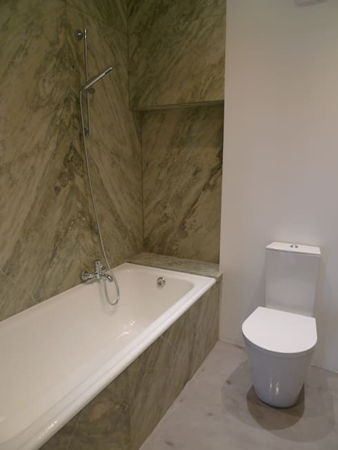 Apartment refurbishment – Avenidas Novas, Lisbon 2013: Casas de banho modernas por QFProjectbuilding, Unipessoal Lda