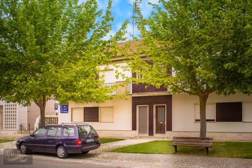 Fachada Exterior: Casas mediterrânicas por Pedro Brás - Fotografia de Interiores e Arquitectura | Hotelaria | Imobiliárias | Comercial
